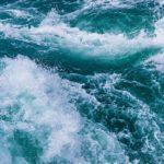 Agua de mar, propiedades que la caracterizan como una fuente de vida