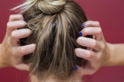¿Qué produce picor de cabeza, cuello y orejas?