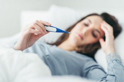 Fiebre y febrícula: diferencias, tipos y cómo tratarla